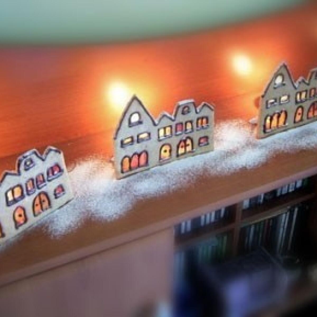 Ezen a képen: Téli utca mézeskalácsból