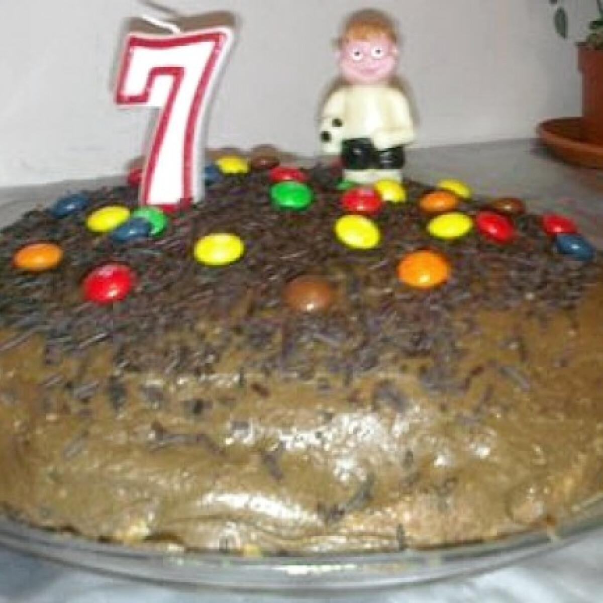 Ezen a képen: Gesztenyés csokitorta Anyafőzte konyhájából
