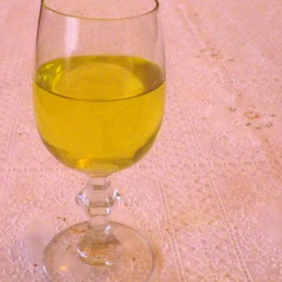 Limoncello likőr lime-mal