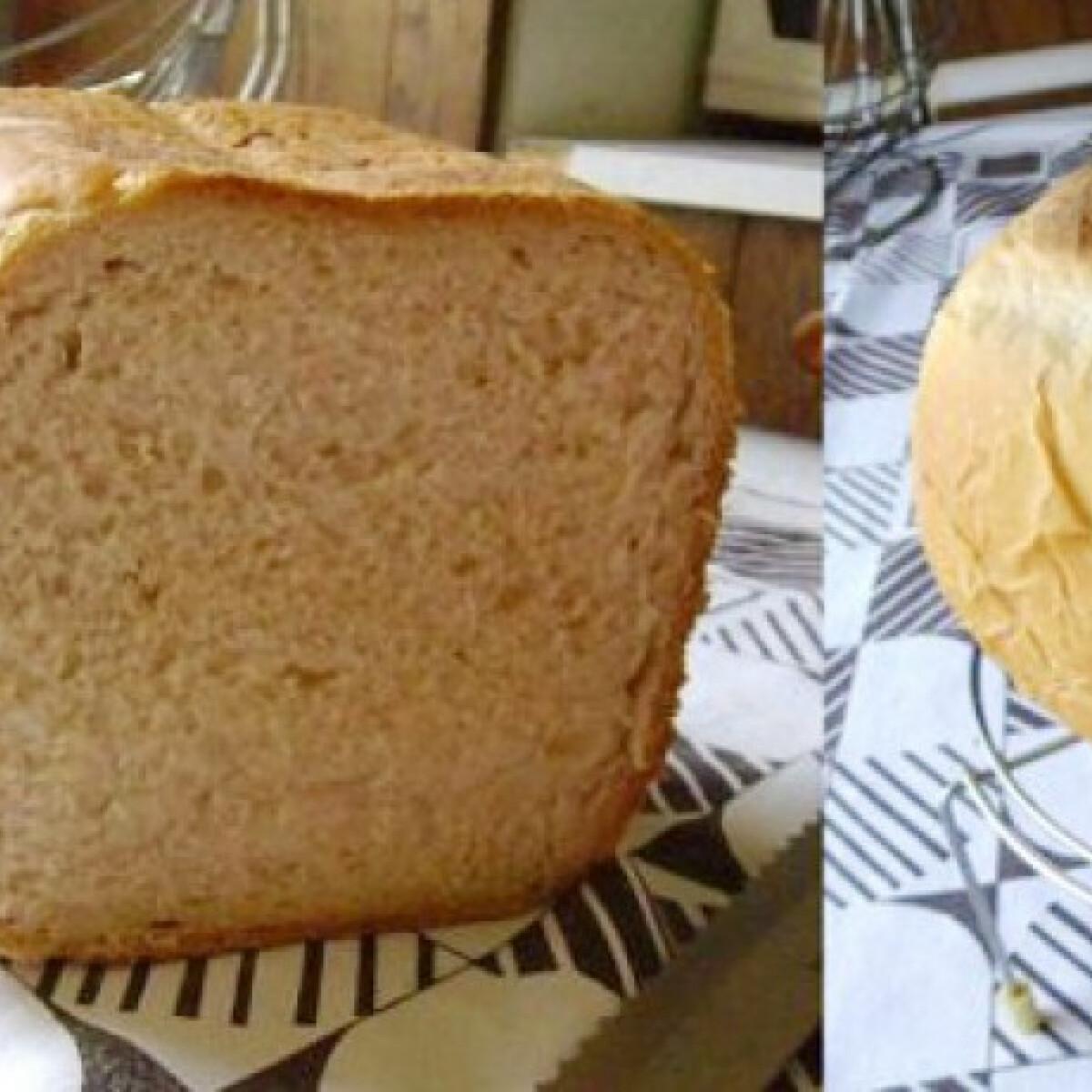 Ezen a képen: Egyszerű fehér kenyér DBrigi konyhájából