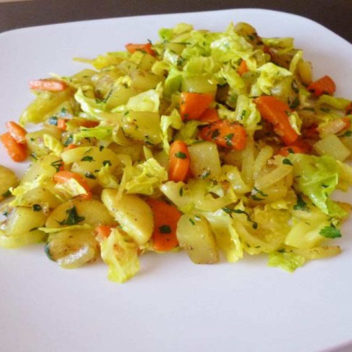 Tárkonyos pirított zöldségek