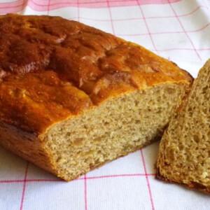 Törött borsos-fügés kenyér