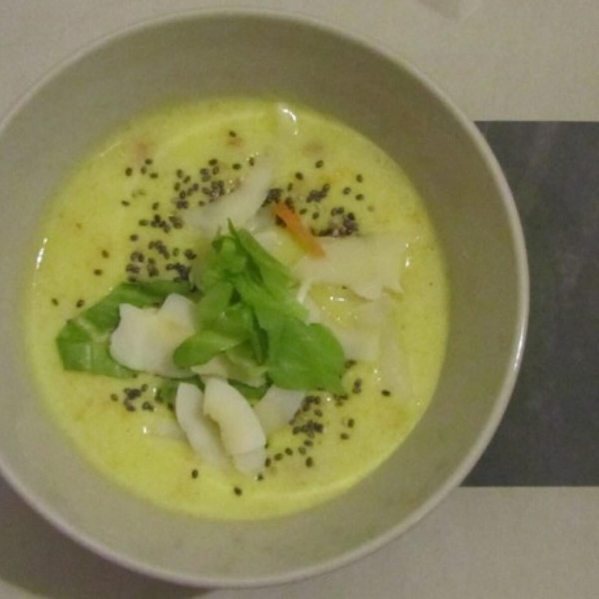 Ezen a képen: Hideg gyömbéres krumplileves kukoricával, babbal