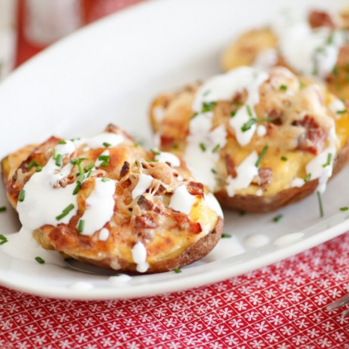 Ezen a képen: Maradékmentő sonkás töltött krumpli