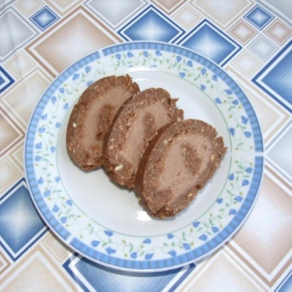 Ezen a képen: Gesztenyés keksztekercs Kif Lee konyhájából
