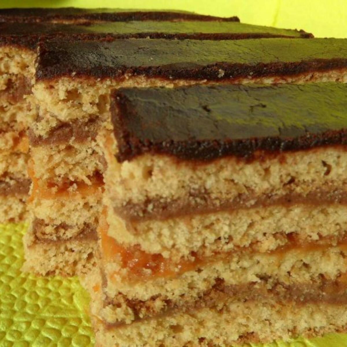 Ezen a képen: Csokis mézes szelet