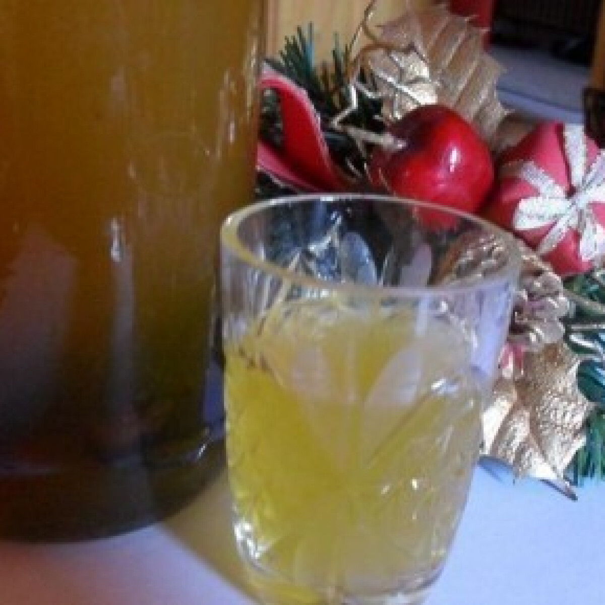 Ezen a képen: Karácsonyi likőr