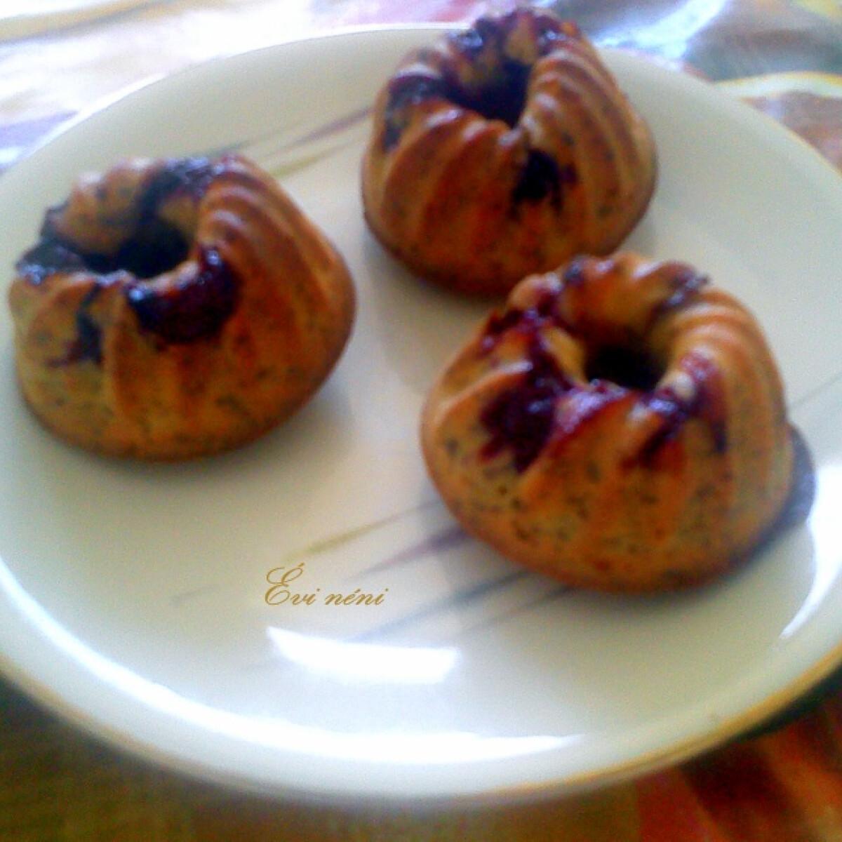 Ezen a képen: Citromos-mákos-meggyes muffin