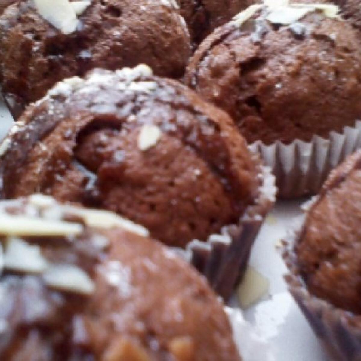 Ezen a képen: Mézes-kakaós muffin