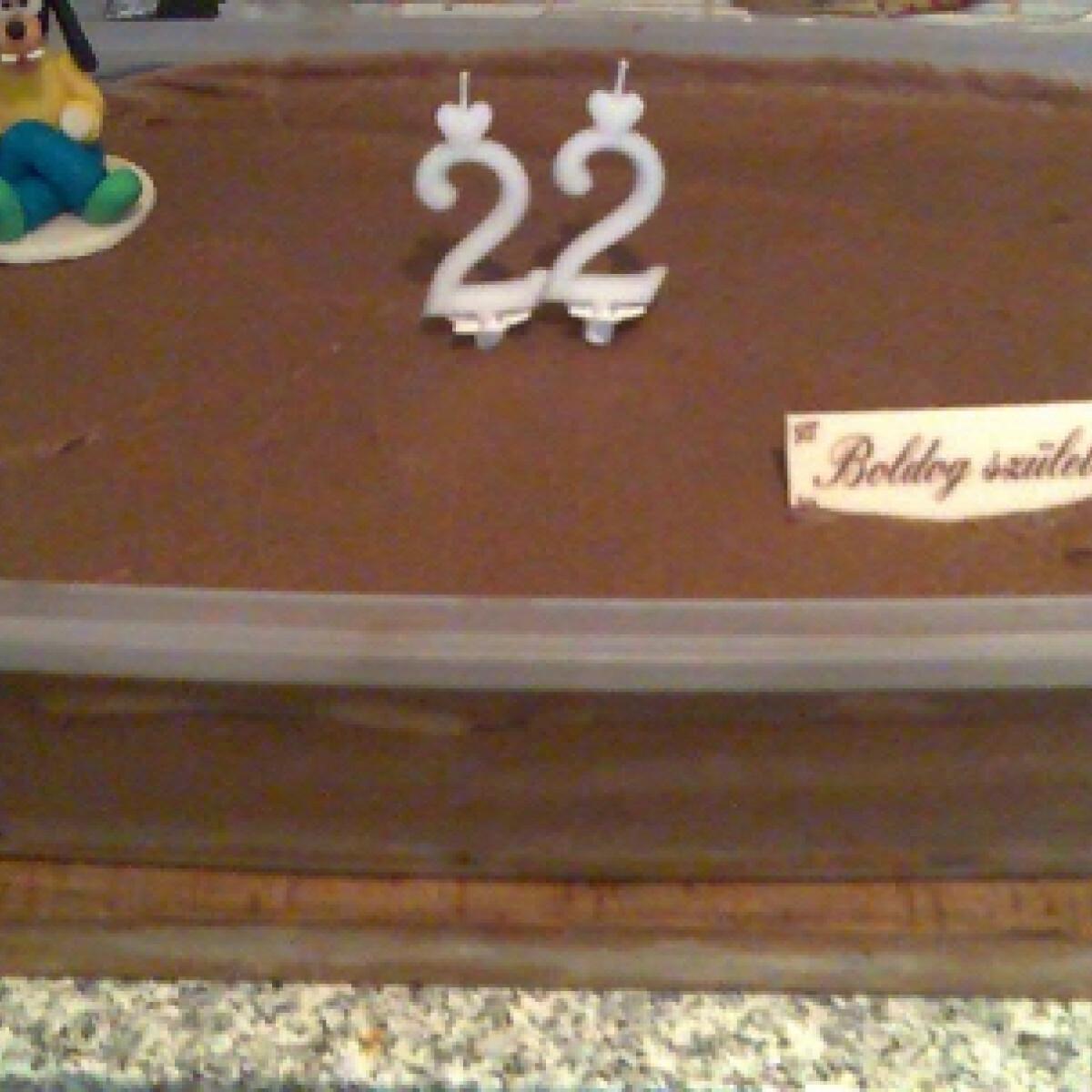 Ezen a képen: Csokis-babapiskótás süti Odzsitól