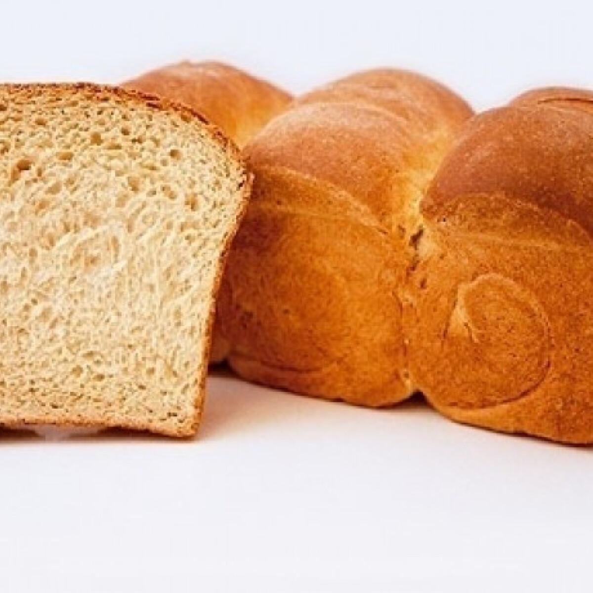Ezen a képen: Korpás kenyér