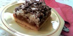 Almás pite csokoládémorzsás habbal