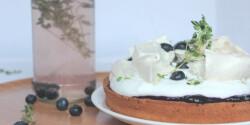 Kakukkfüves-áfonyás prosecco torta