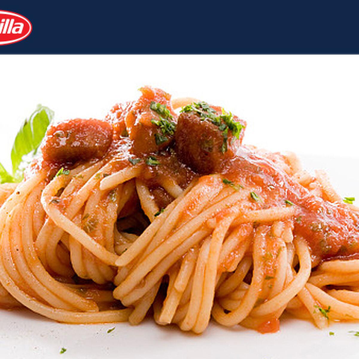 Ezen a képen: Tonhalas spagetti