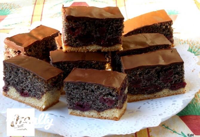 Ezen a képen: Meggyes-mákos szelet VnéEdit konyhájából