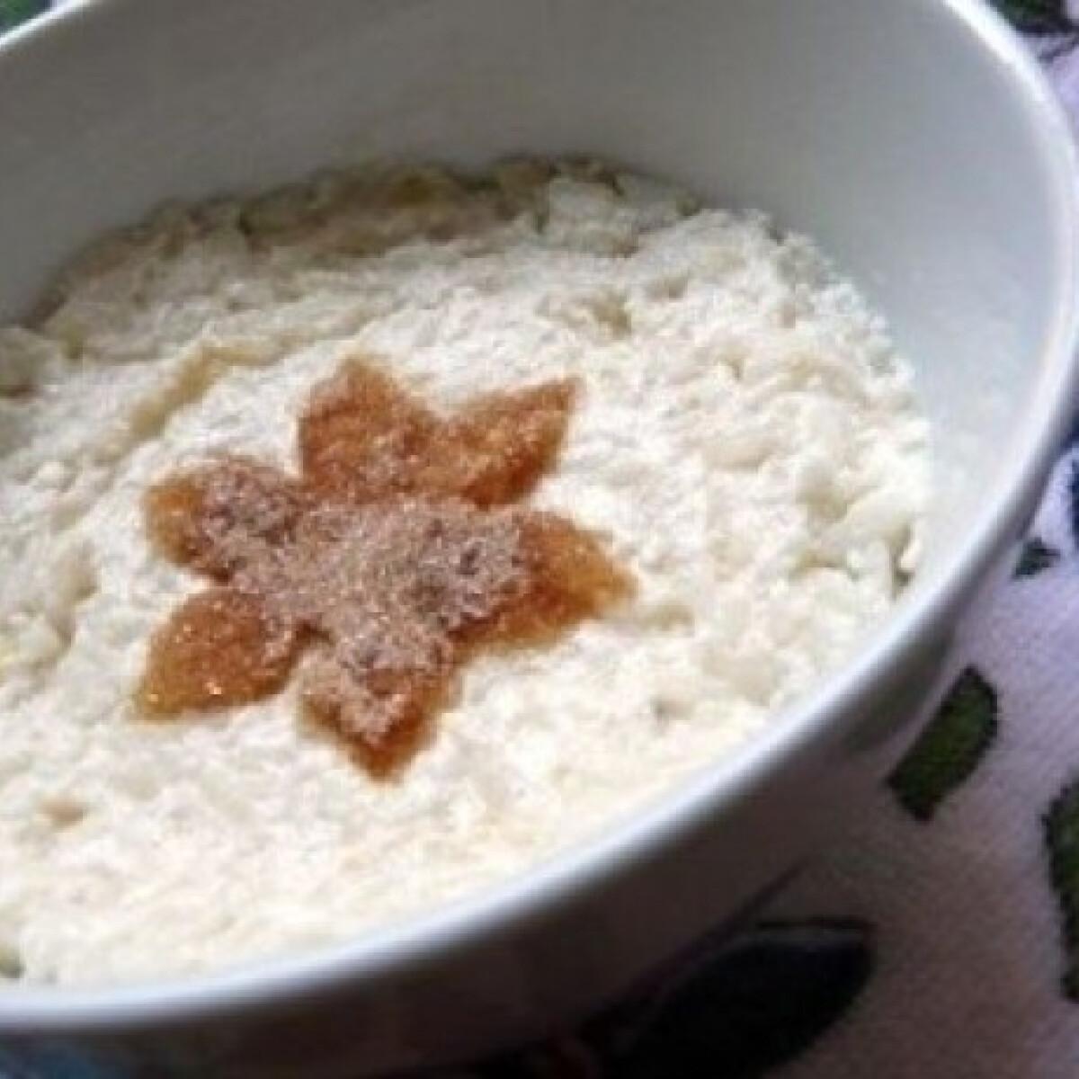 Ezen a képen: Frissítő túrós tejberizs reggelire