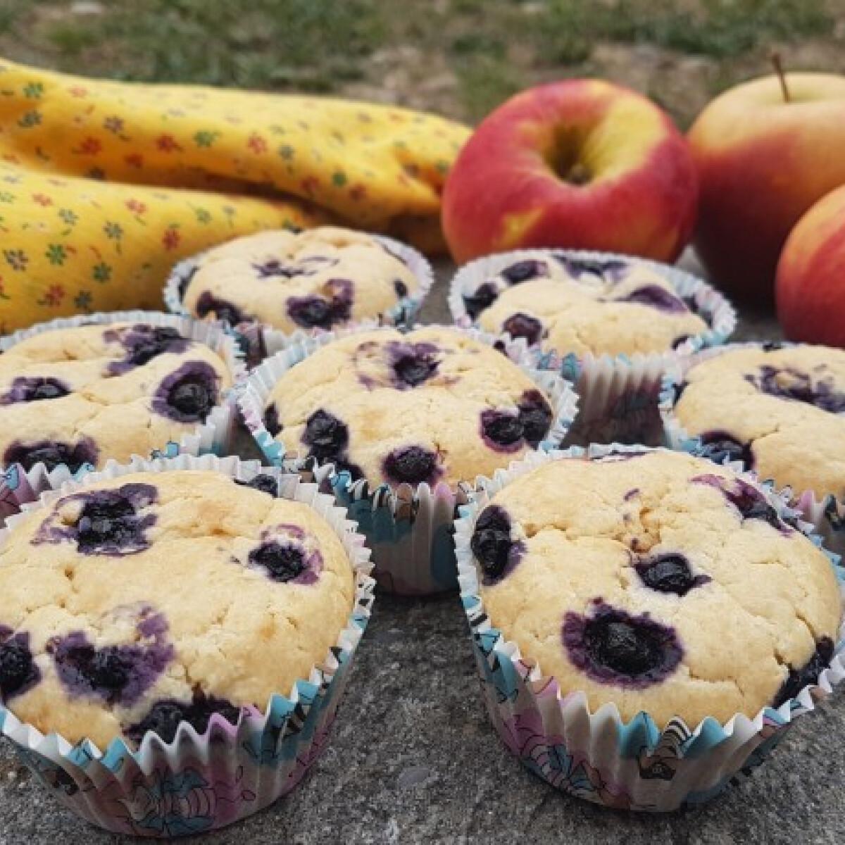 Ezen a képen: Gyümölcsvelős muffin
