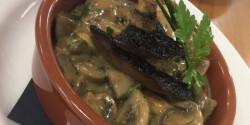 Gomba zöldbors-mártással