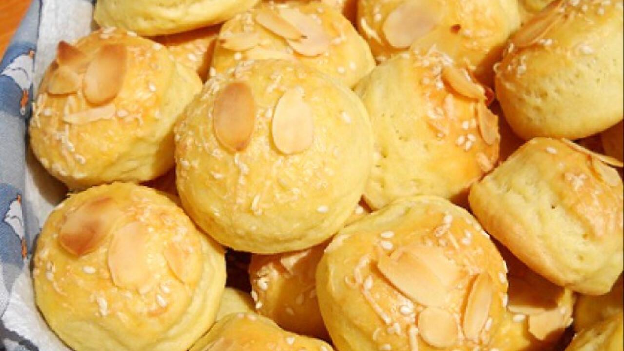 Mandulás-sajtos pogácsa