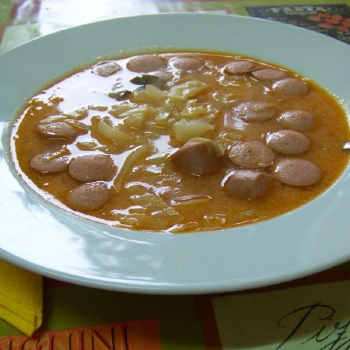 Ezen a képen: Frankfurti leves Kodak konyhájából