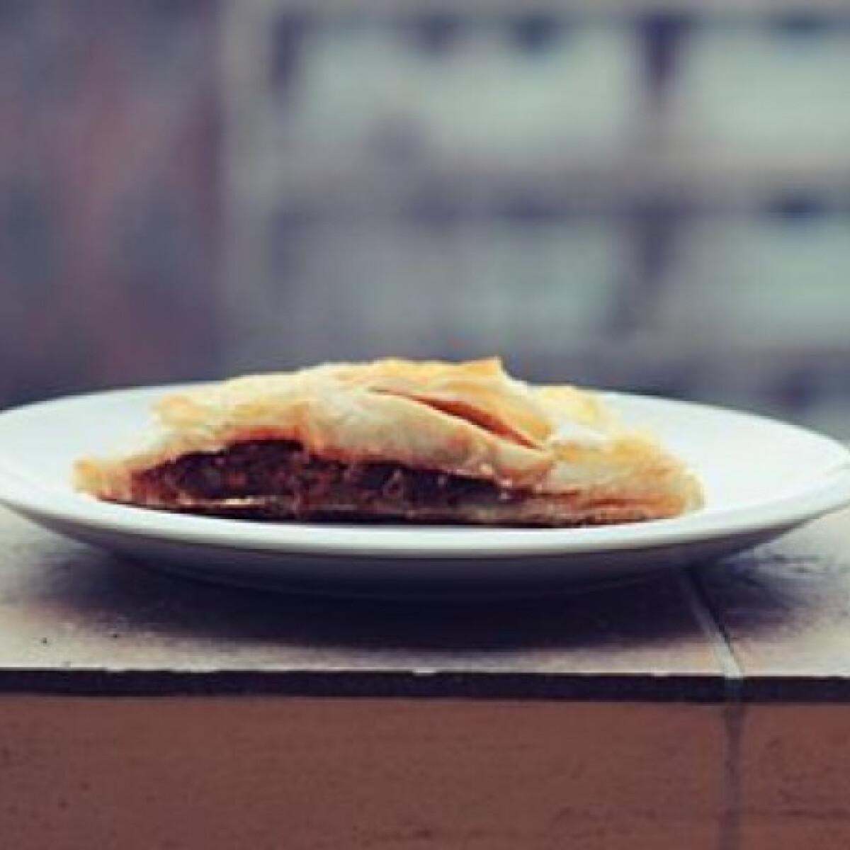 Ezen a képen: Zöldséges párnák leveles tésztából