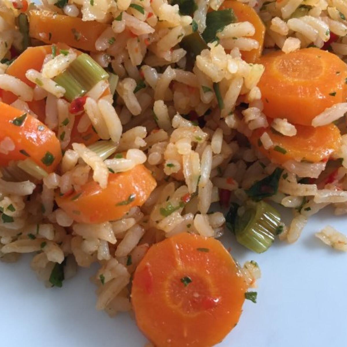 Ezen a képen: Tiritarka rizs