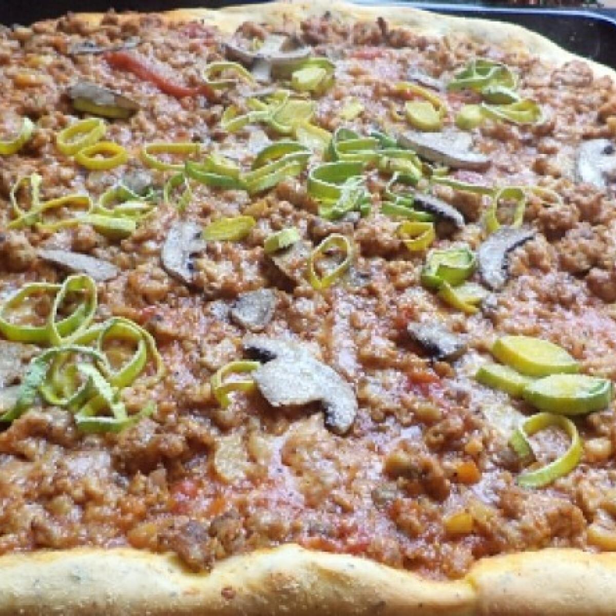 Ezen a képen: Pizzatészta BackerMan konyhájából