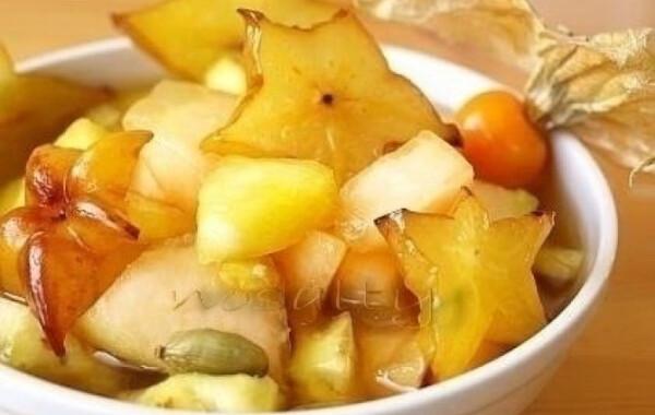 Fűszeres gyümölcssaláta