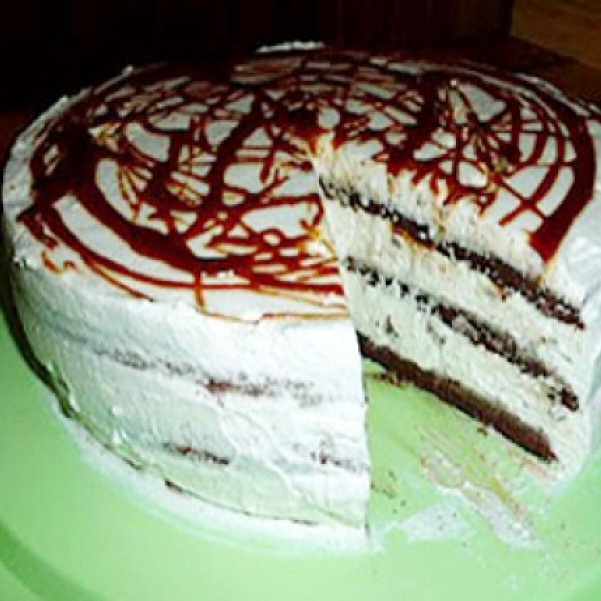 Ezen a képen: Tejszínes mascarpone torta