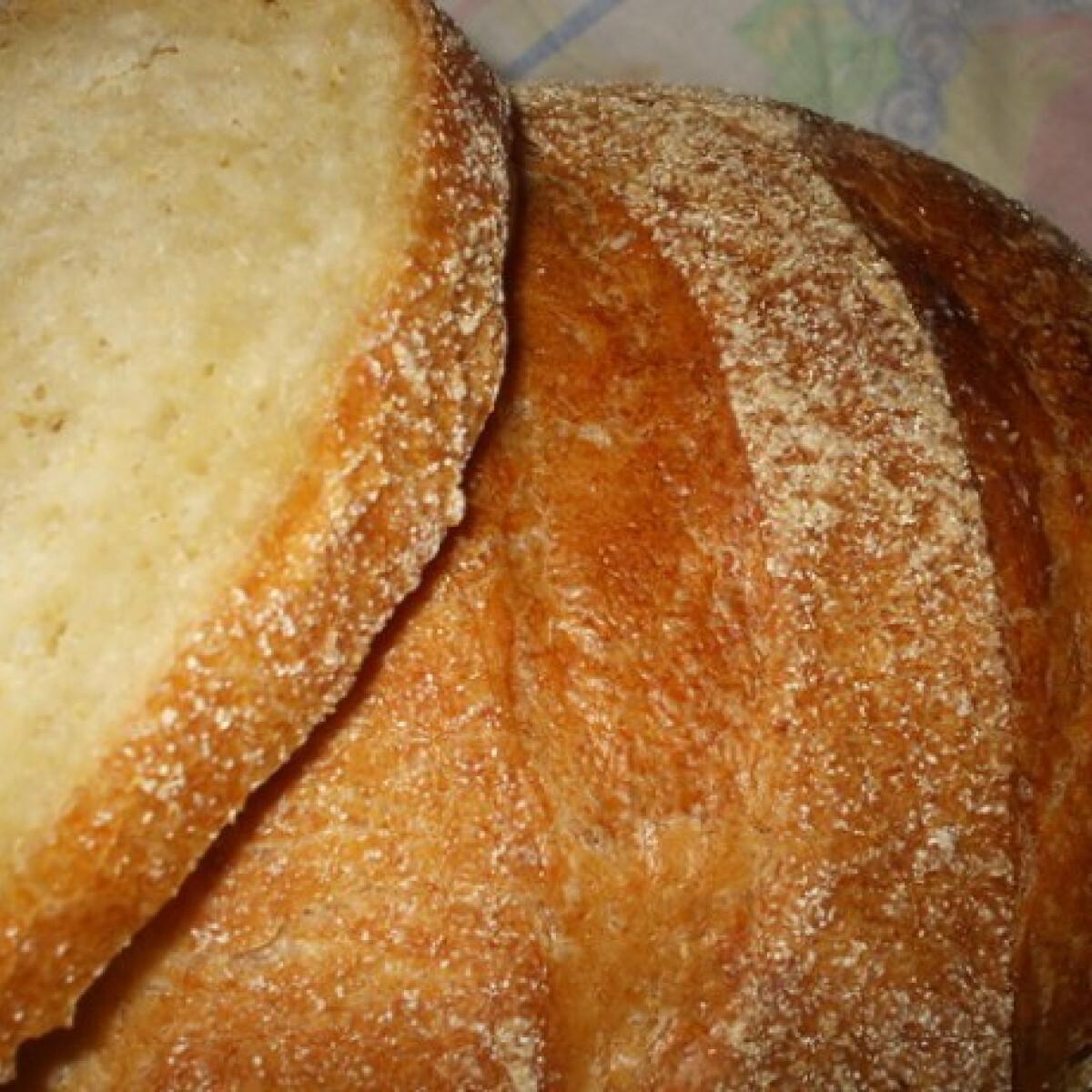 Ezen a képen: Főtt kukoricadarás kenyér