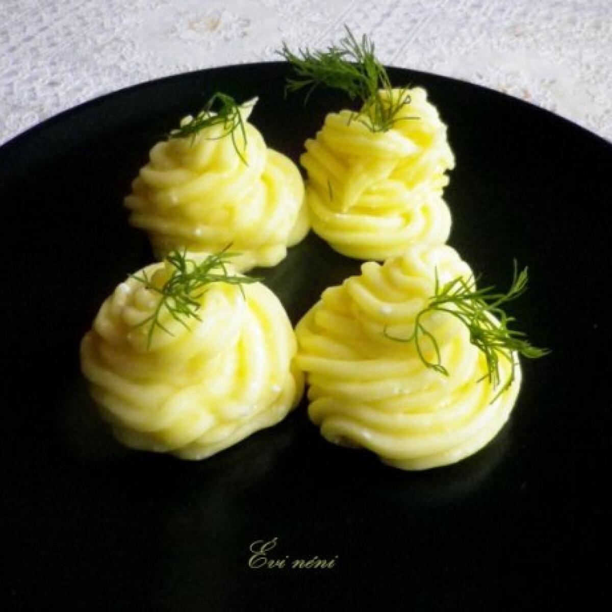 Ezen a képen: Ricottás krumplipüré