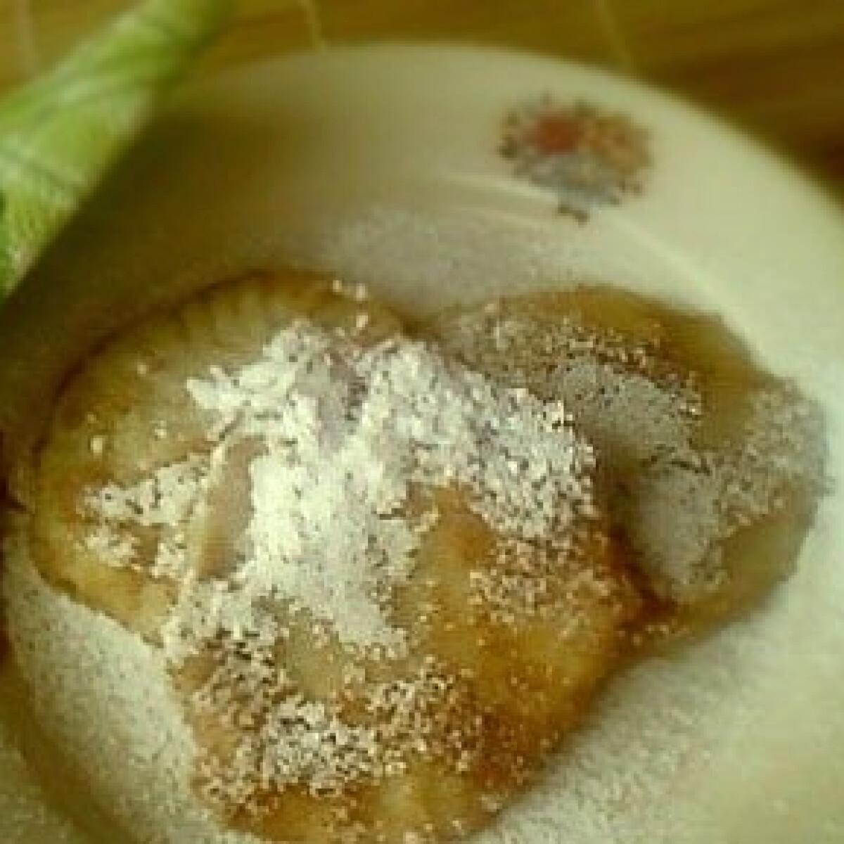 Ezen a képen: Szilvalekváros derelye 2. -burgonyás tésztából