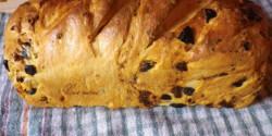 Olívás-paradicsomos-hagymás kenyér