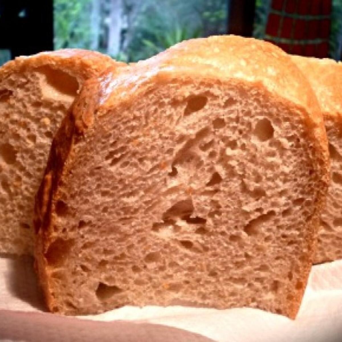 Ezen a képen: Vadélesztős kovászos fehér kenyér