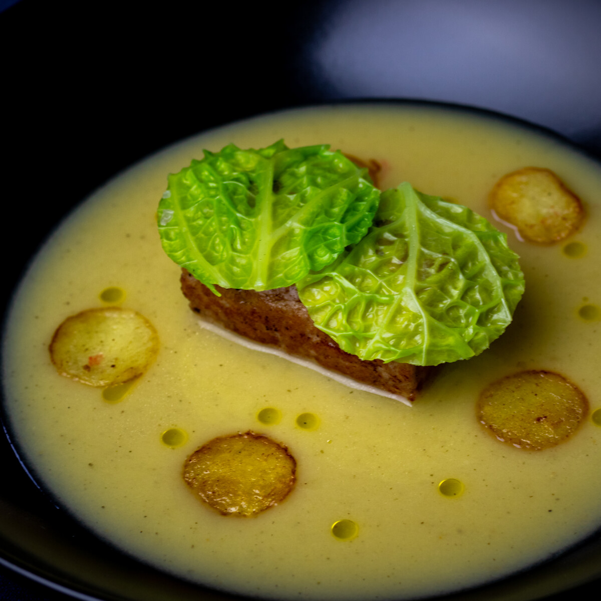 Ezen a képen: Frankfurti leves Varrott Chef konyhájából