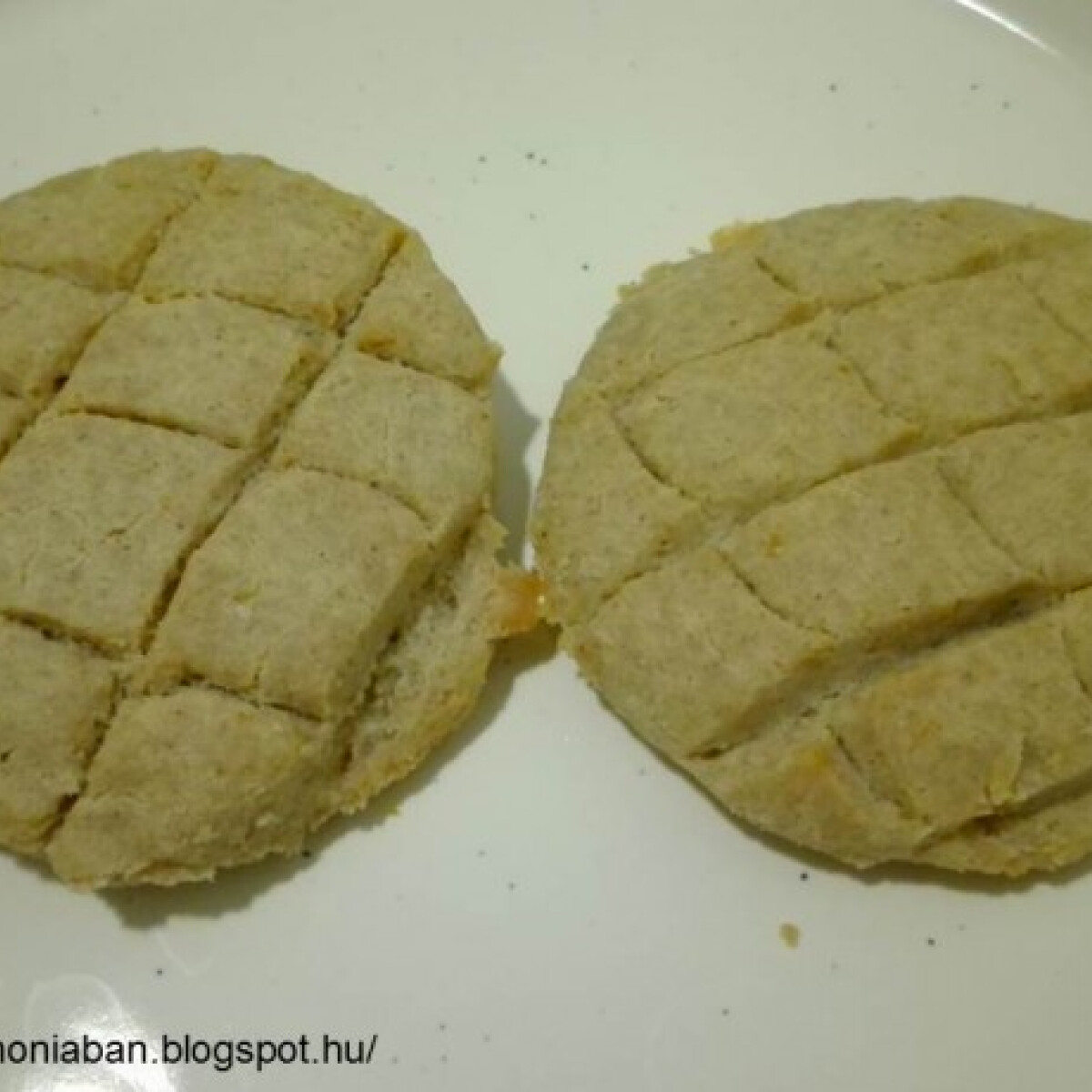 Ezen a képen: Gluténmentes, élesztőmentes pogácsa
