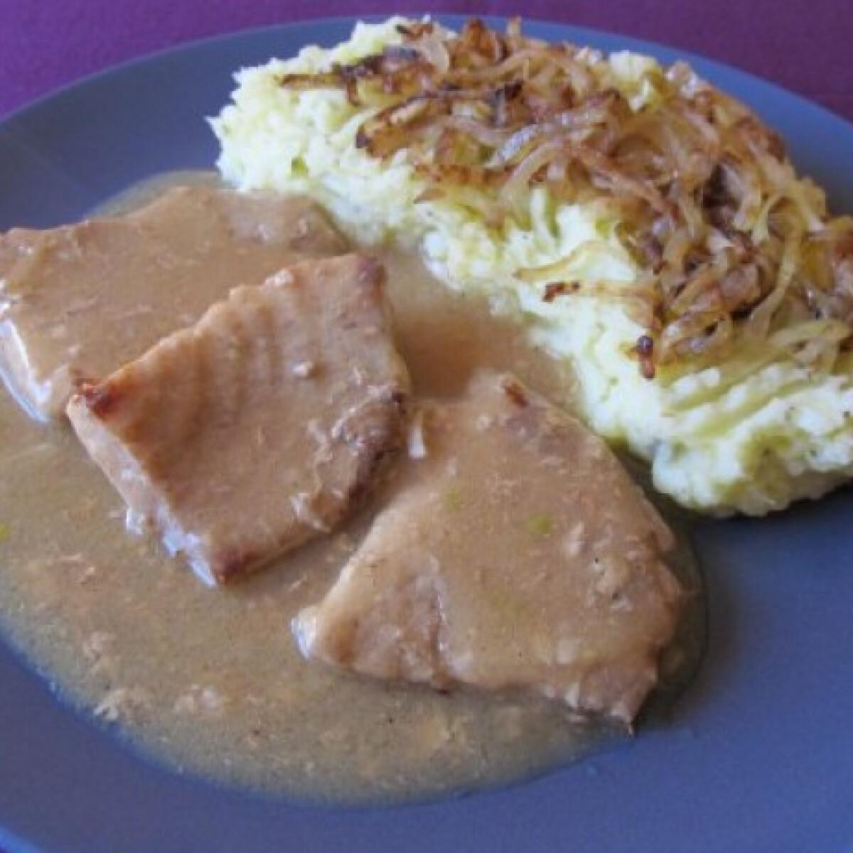 Fokhagymás hús burgonyapürével