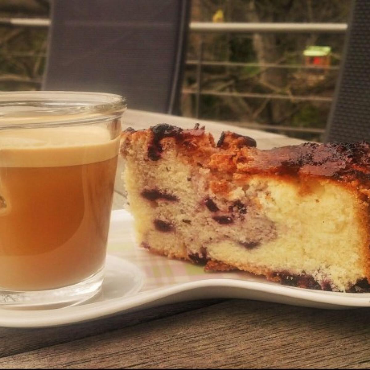 Ezen a képen: Amerikai áfonyás coffee cake