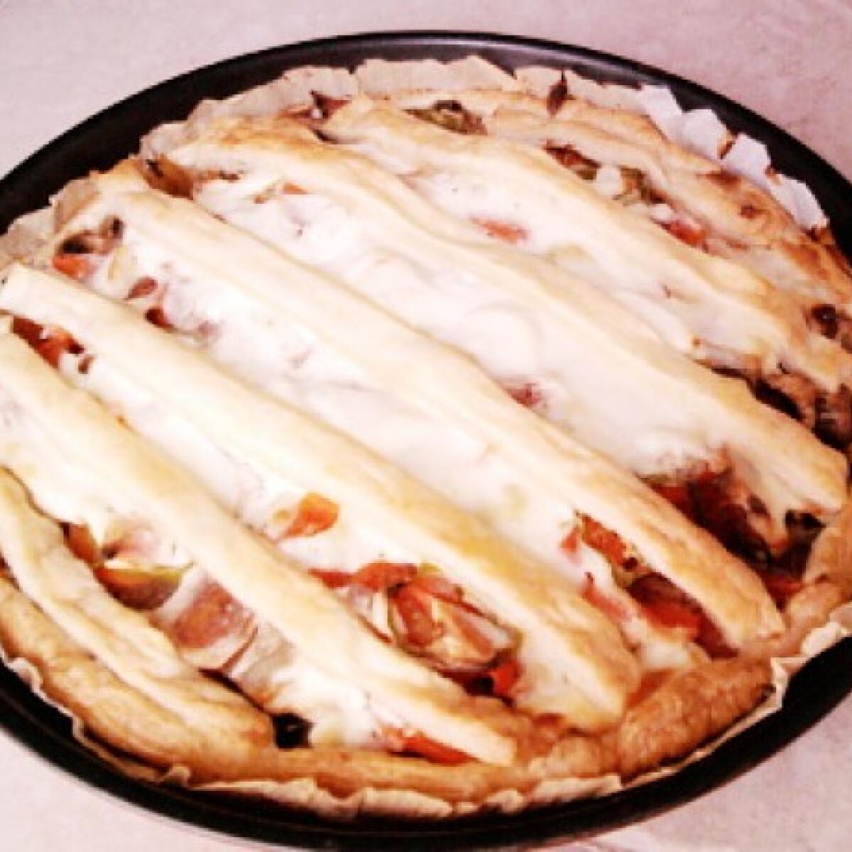 Ezen a képen: Gombás pite SuomiAnyWay konyhájából