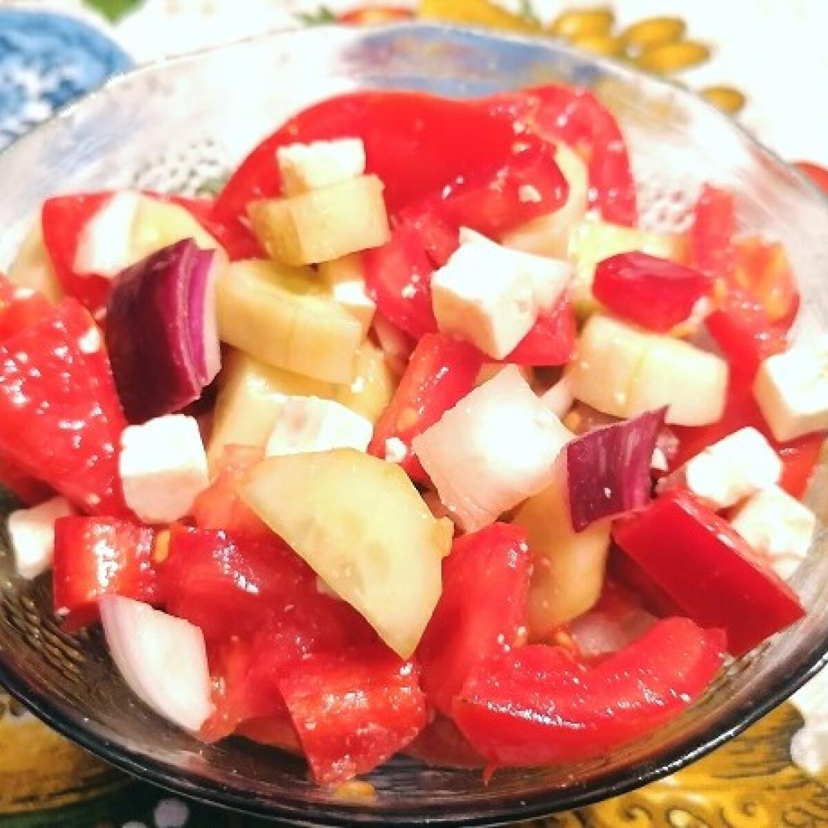 Ezen a képen: Görög saláta Nudli7 konyhájából