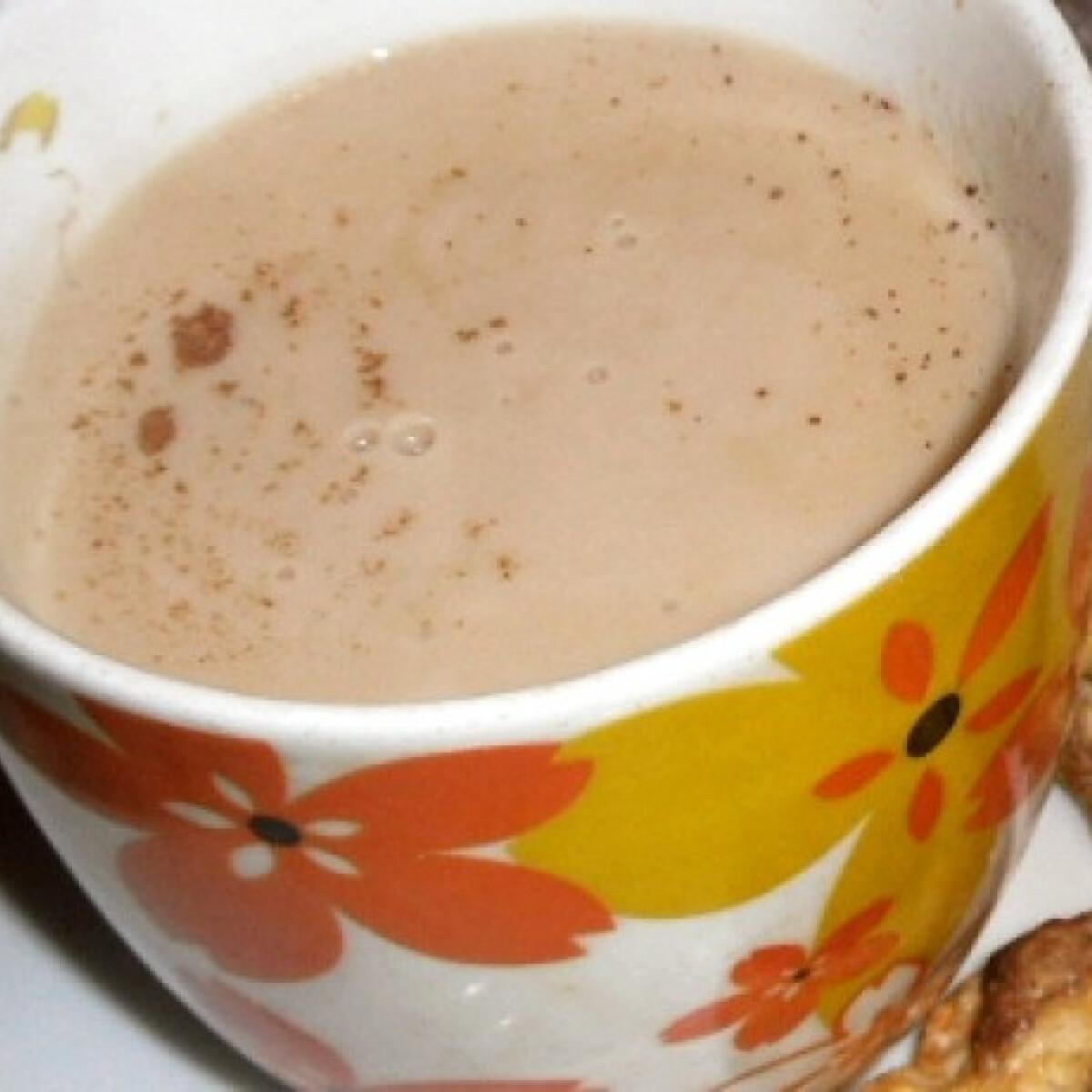 Ezen a képen: Házi cappuccino