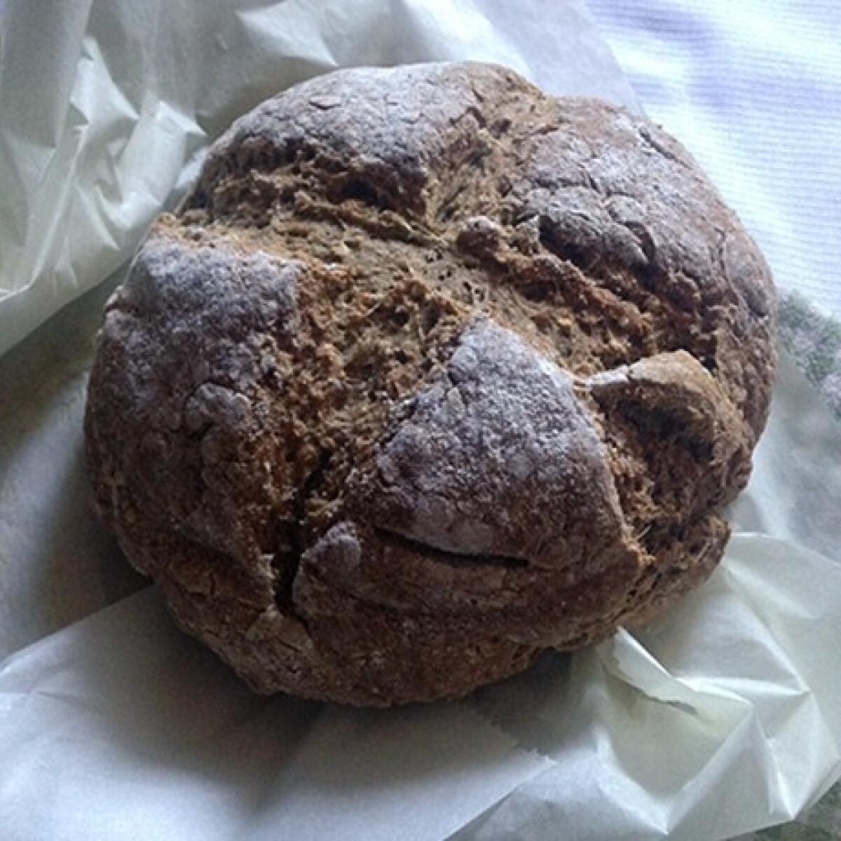 Ezen a képen: Ír szódás kenyér Róka a fazékban konyhájából