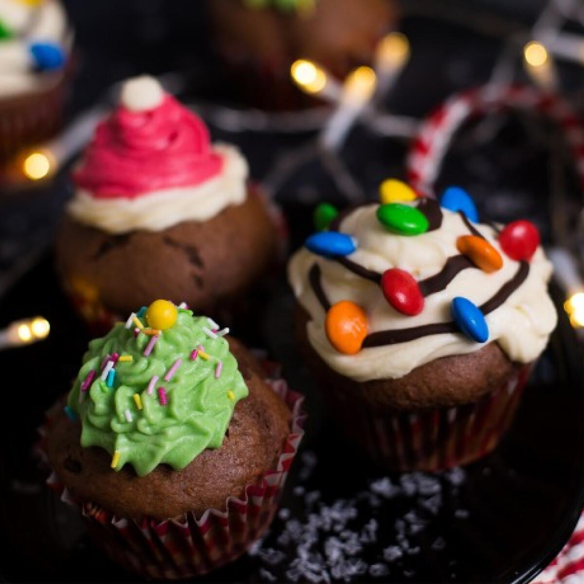 Ezen a képen: Karácsonyi muffinok
