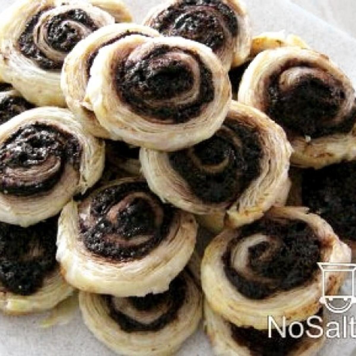 Ezen a képen: Mini kakaós csiga leveles-vajas tésztából