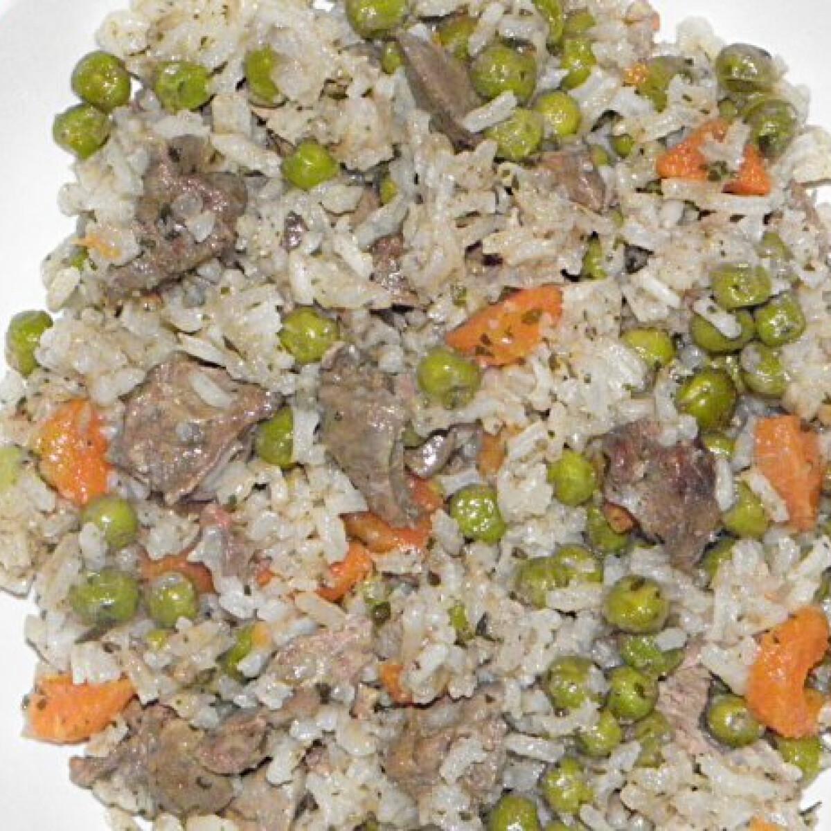 Ezen a képen: Zöldséges-rizses csirkemáj Ligeti Károlytól