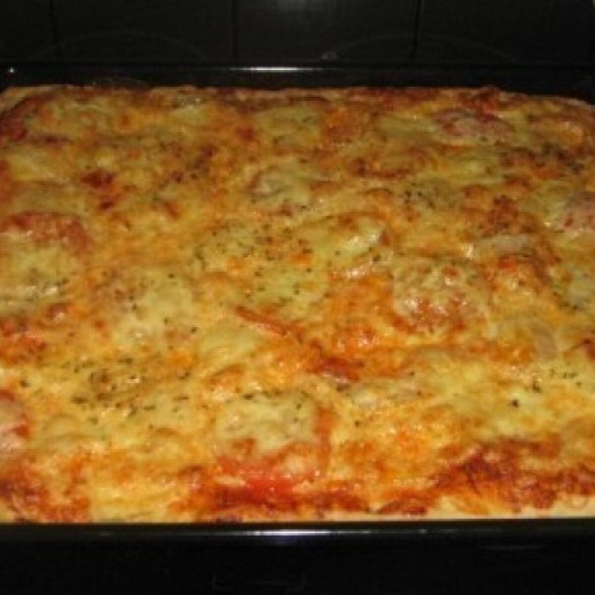 Ezen a képen: Pizza 21. - Egyszerűen