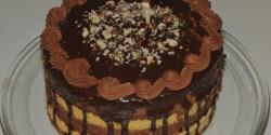 Mogyoróhabos Mozart-torta