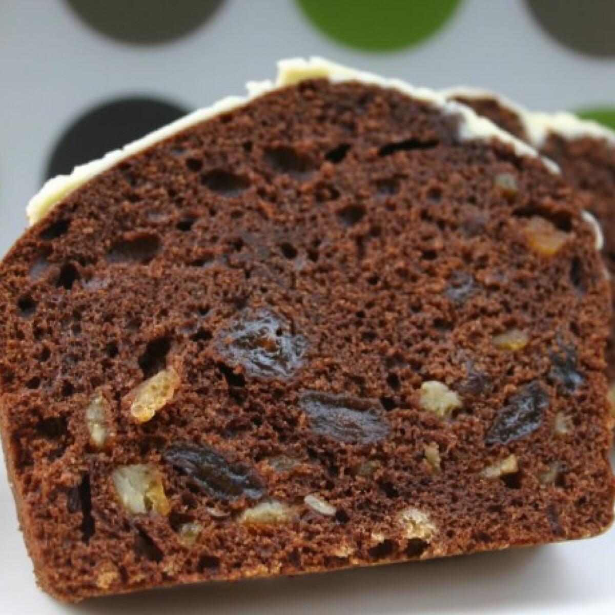 Aszalt gyümölcsös-kakaós süti