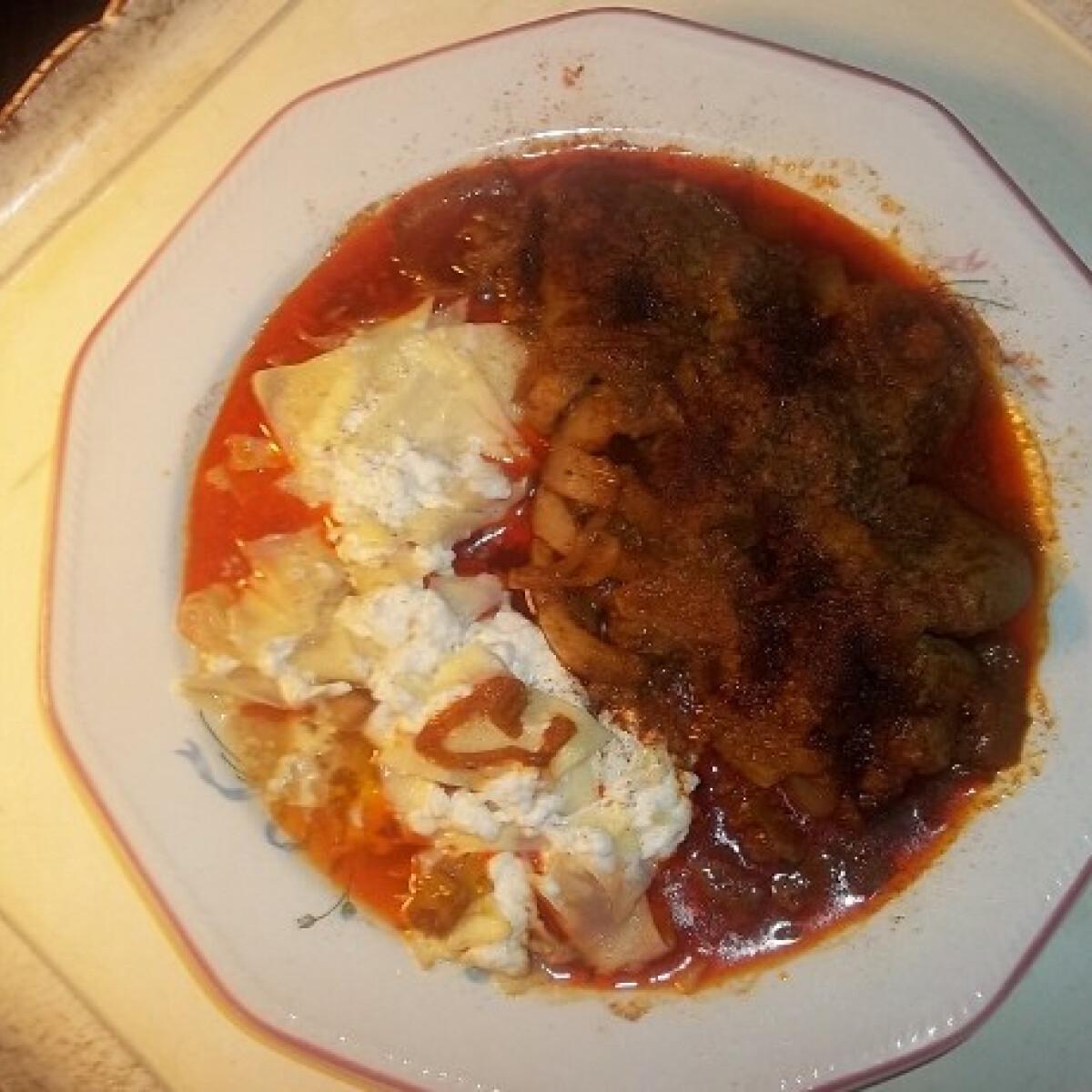 Ezen a képen: Csusza resztelt csirkemájjal