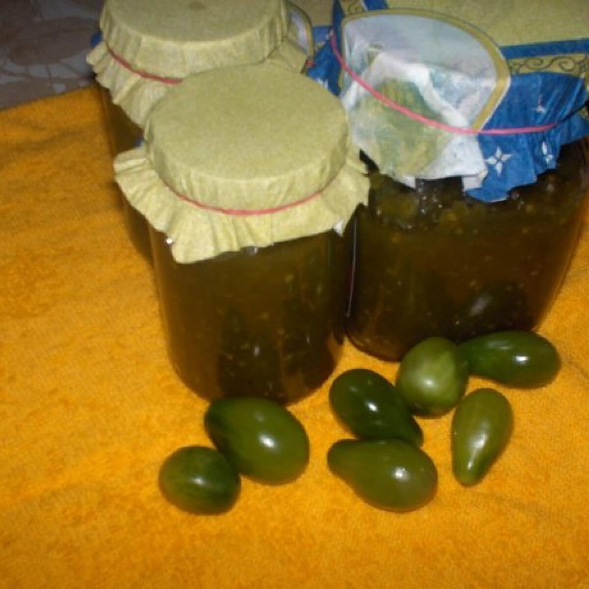 Ezen a képen: Zöldparadicsom-lekvár